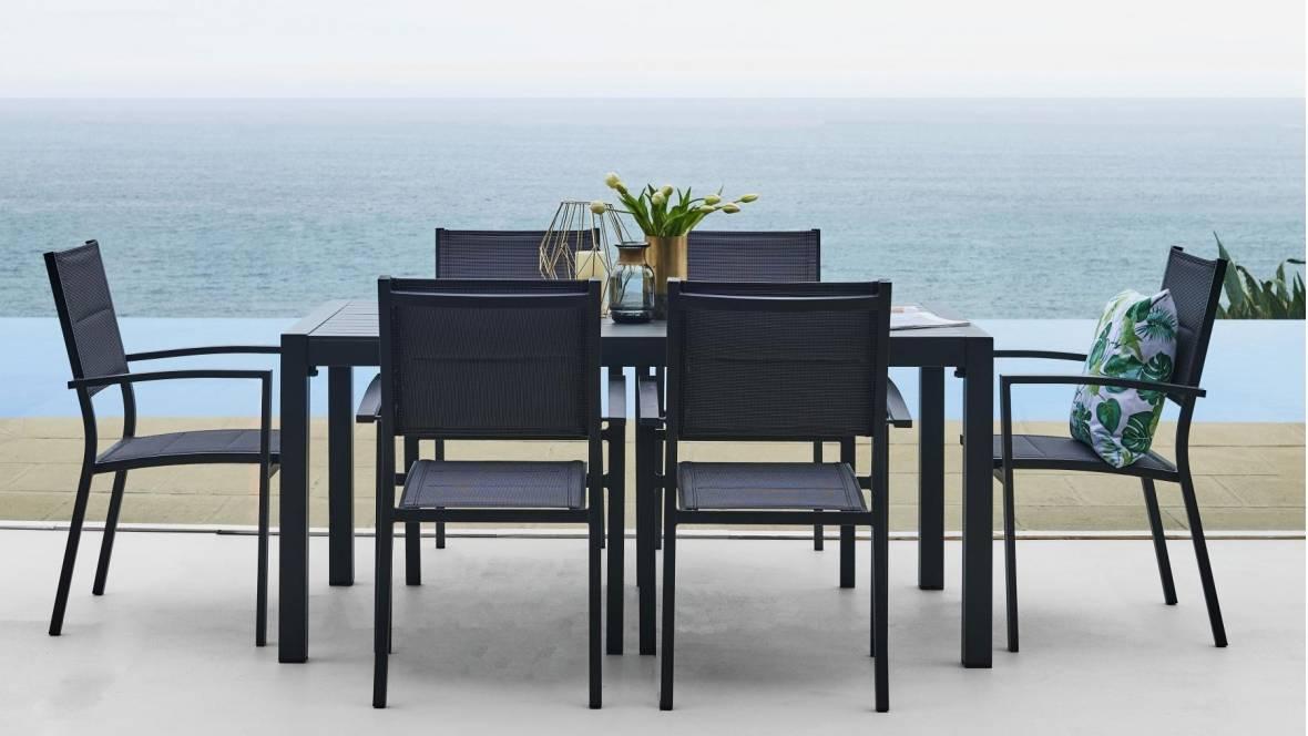 Bon Outdoor Dining Setting