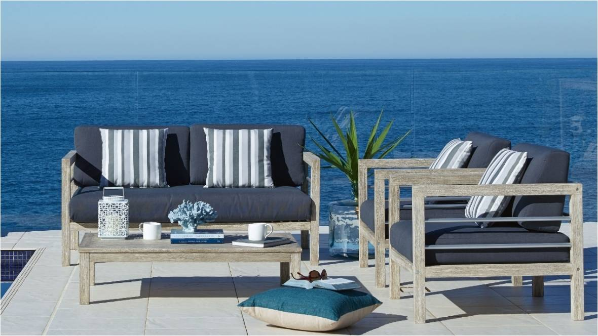Hayman Outdoor 4-Piece Lounge Setting
