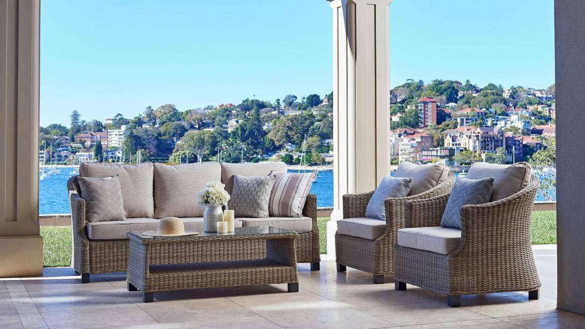 Jewel Outdoor 4-Piece Lounge Setting