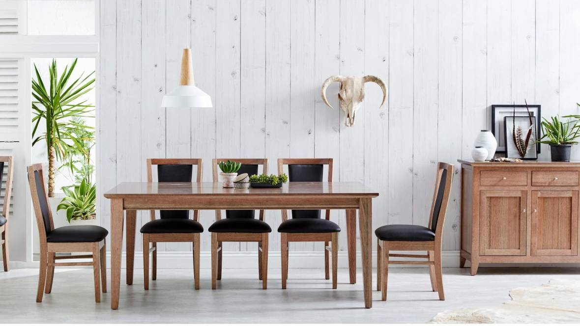 Claremont Dining Setting