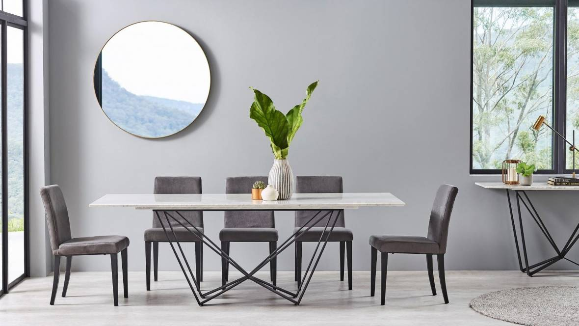 Shabayer 9-Piece Dining Setting