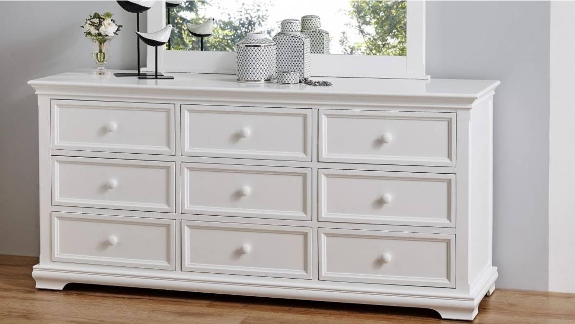 Ivy 9-Drawer Dresser
