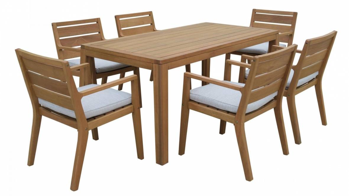 Louie Outdoor Dining Setting