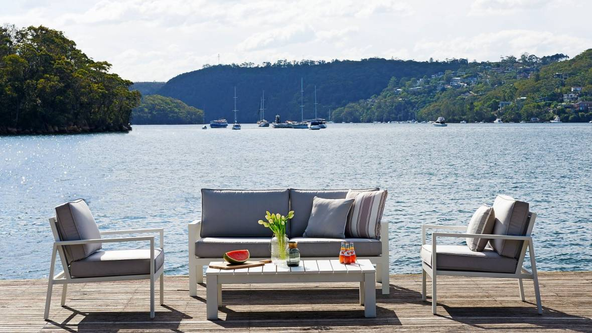 Quay Manifesto Outdoor 4-Piece Lounge Setting