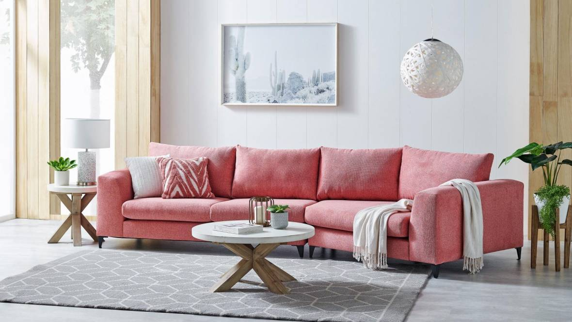 Mortlake 2.5-Seater Sofa with Angled Chaise