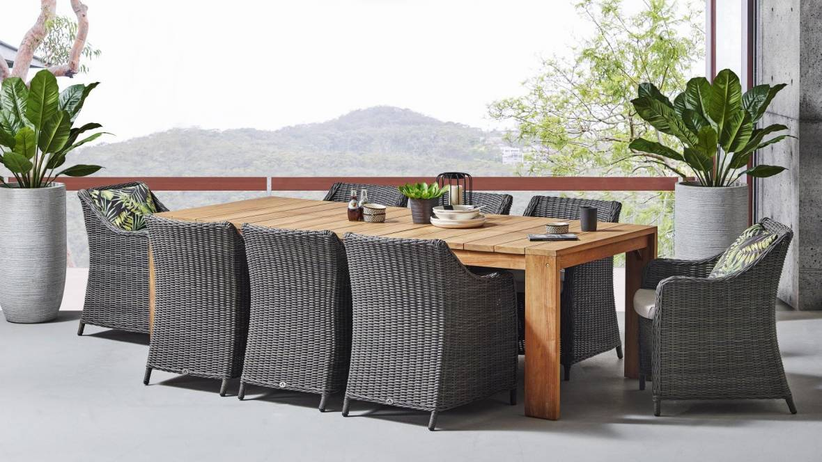 Indiana 9-Piece Outdoor Dining Setting
