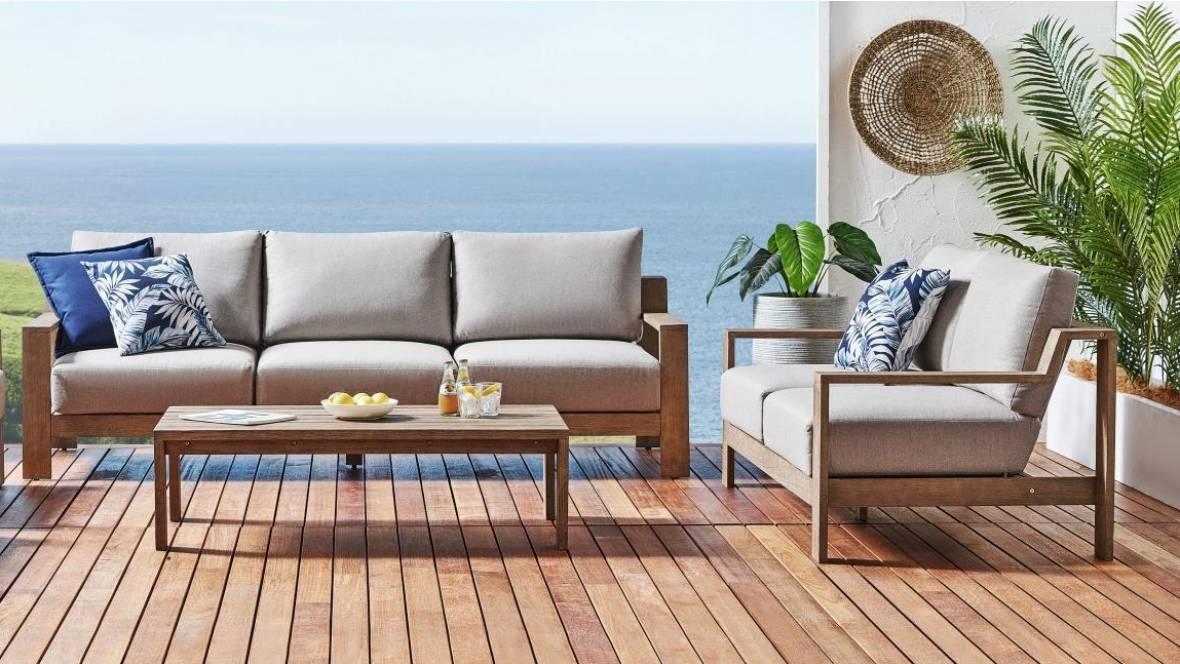 Kahn Outdoor Sofa