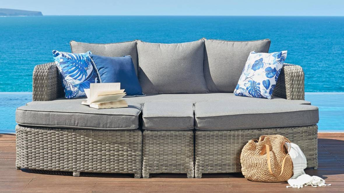 Mours Outdoor 4-Piece Lounge Setting