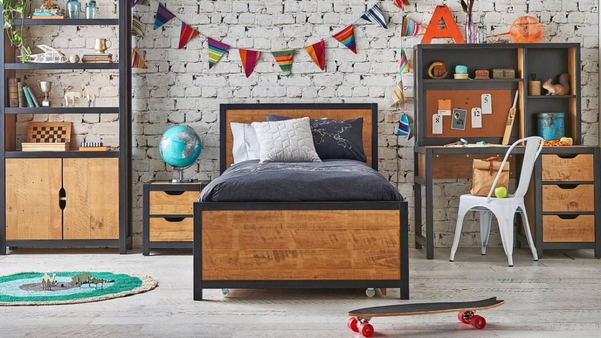 Eton II Bed