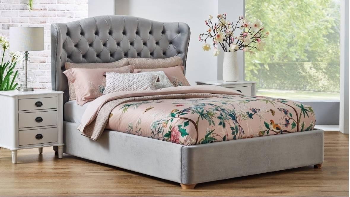 Waldorf Low Foot Bed