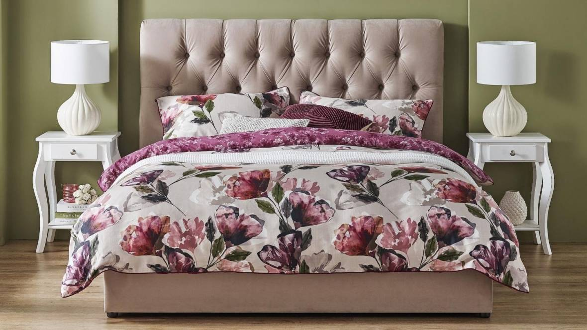 Donna Bed
