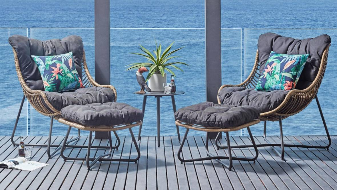 Dario 5-Piece Outdoor Chat Setting