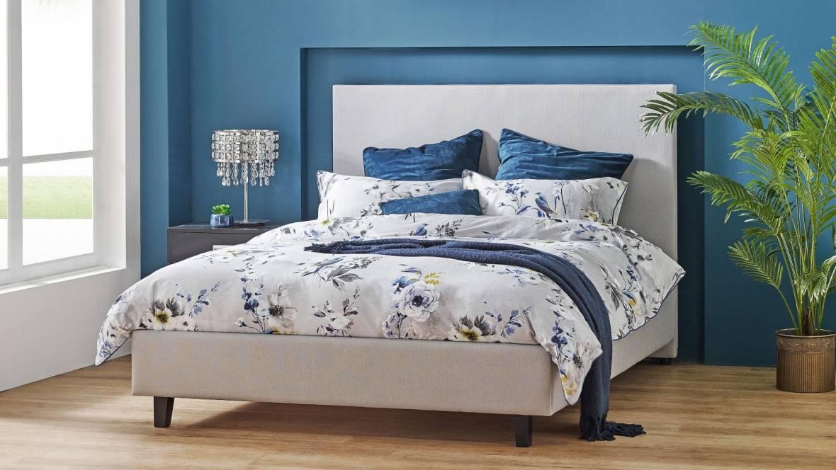 Bennett Bed