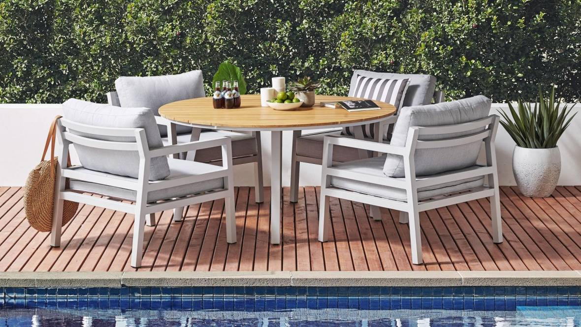 Bruno 5-Piece Outdoor Dining Setting