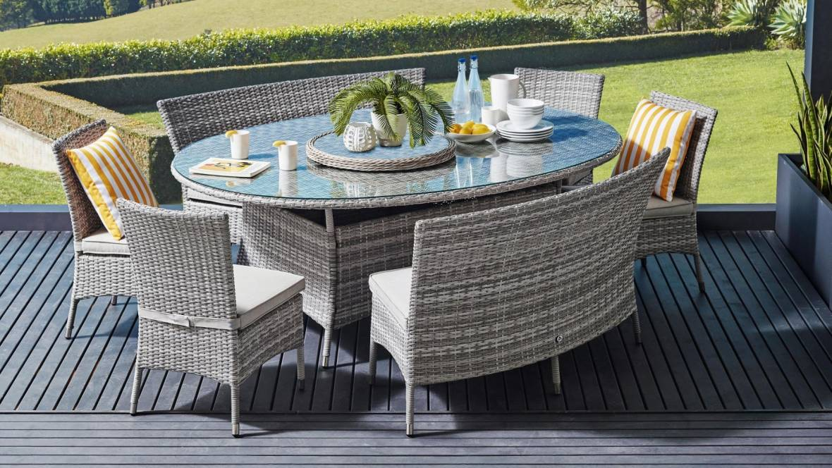 Amalfi 8-Piece Outdoor Oval Dining Setting