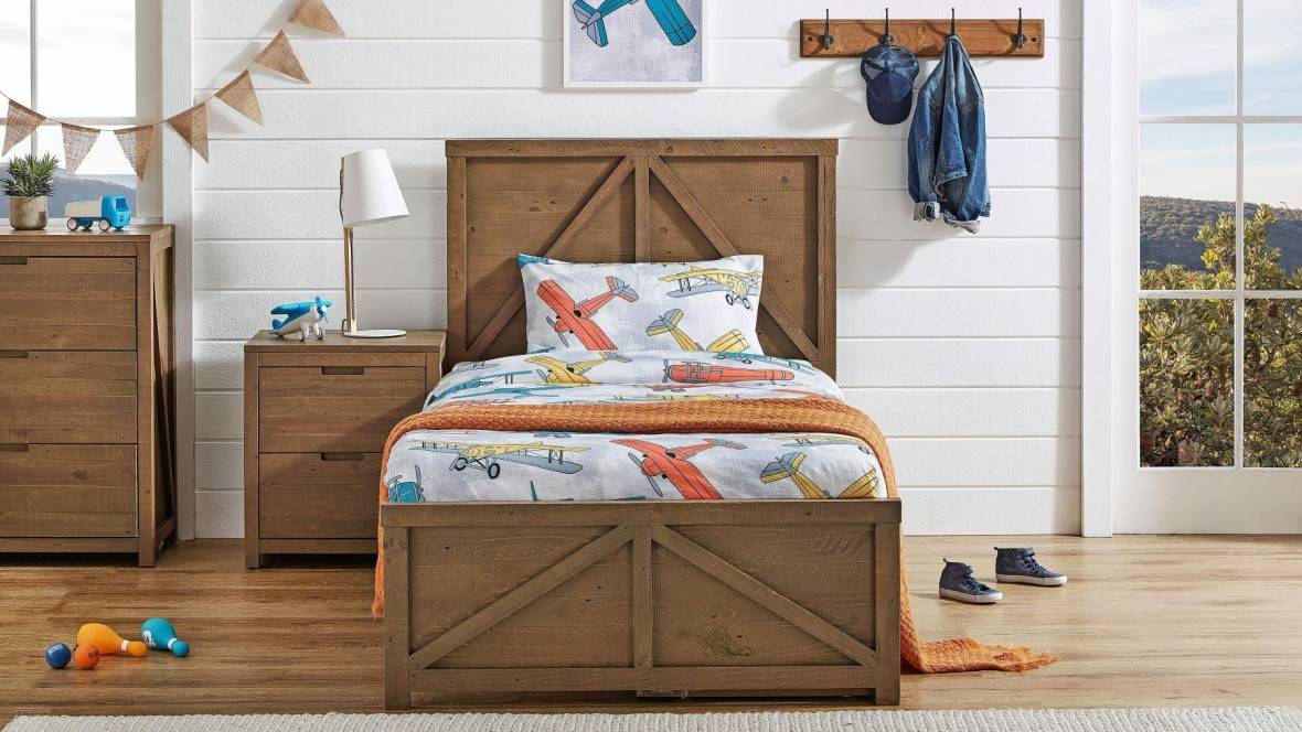 Landon Bed