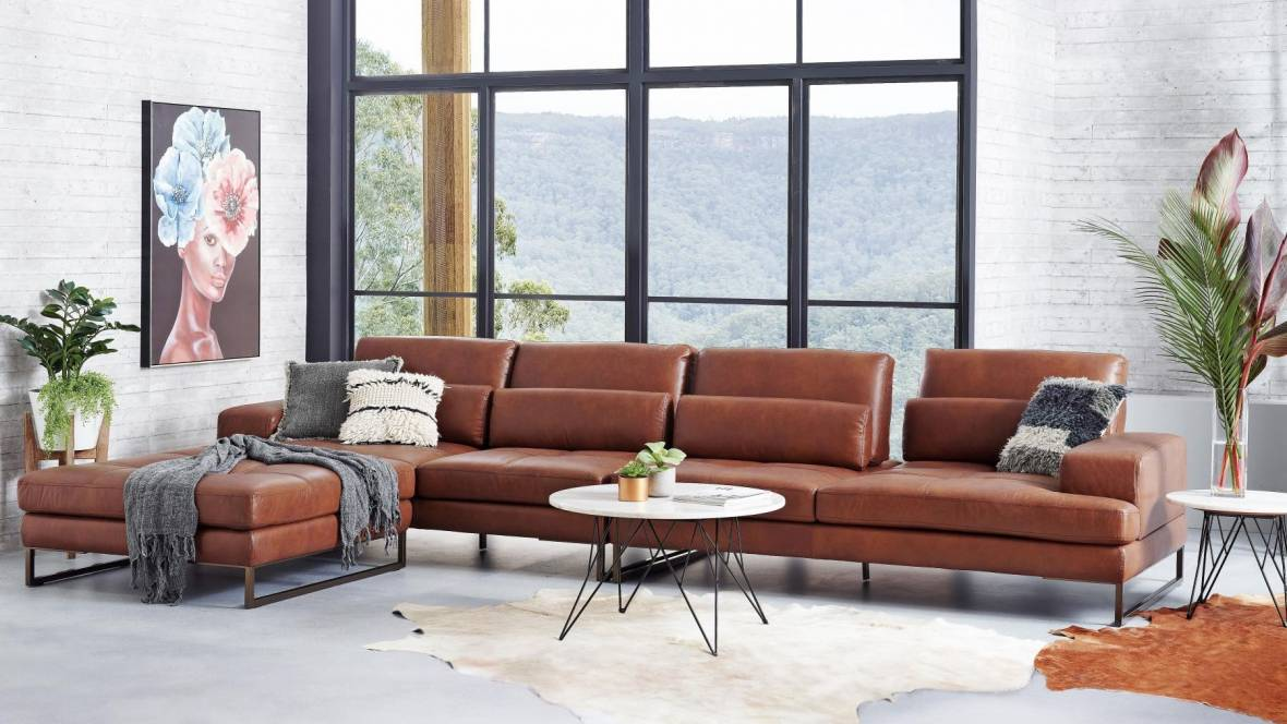 Alchemy Leather Lounge with Chaise