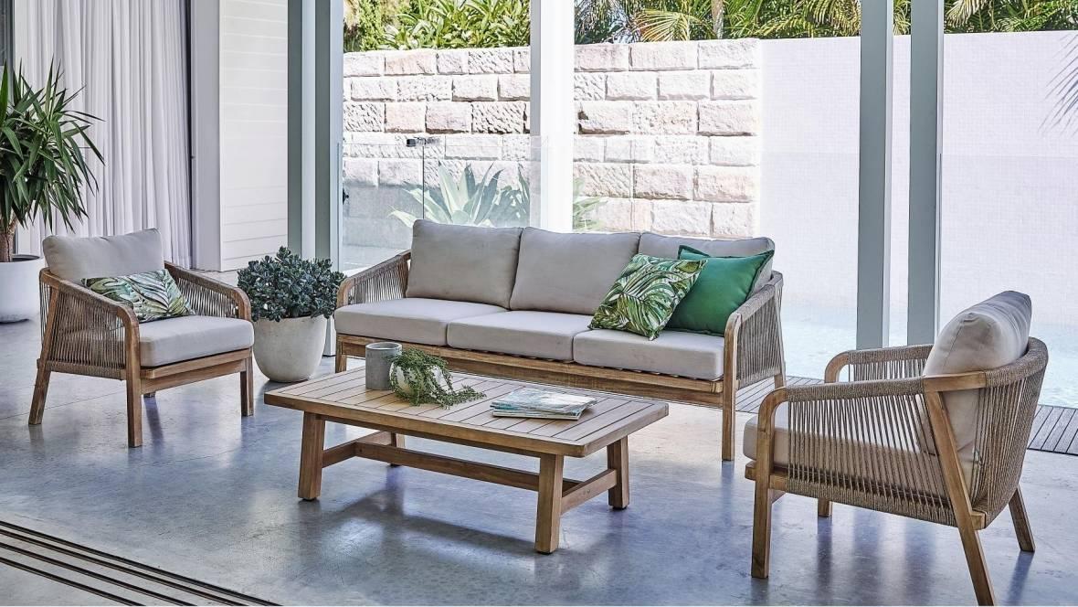 Rimini 4-Piece Outdoor Lounge Setting