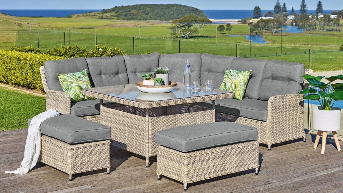 Seattle Outdoor 6-Piece Lounge/Dining Setting