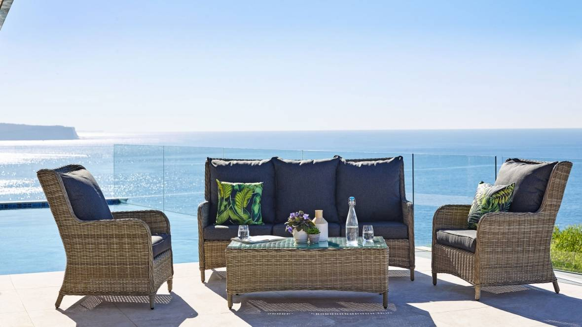 Austin 4-Piece Outdoor Lounge Setting