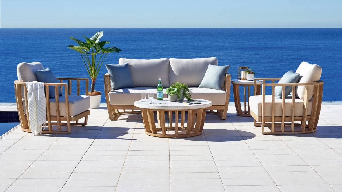 Woodland 4-Piece Outdoor Lounge Setting
