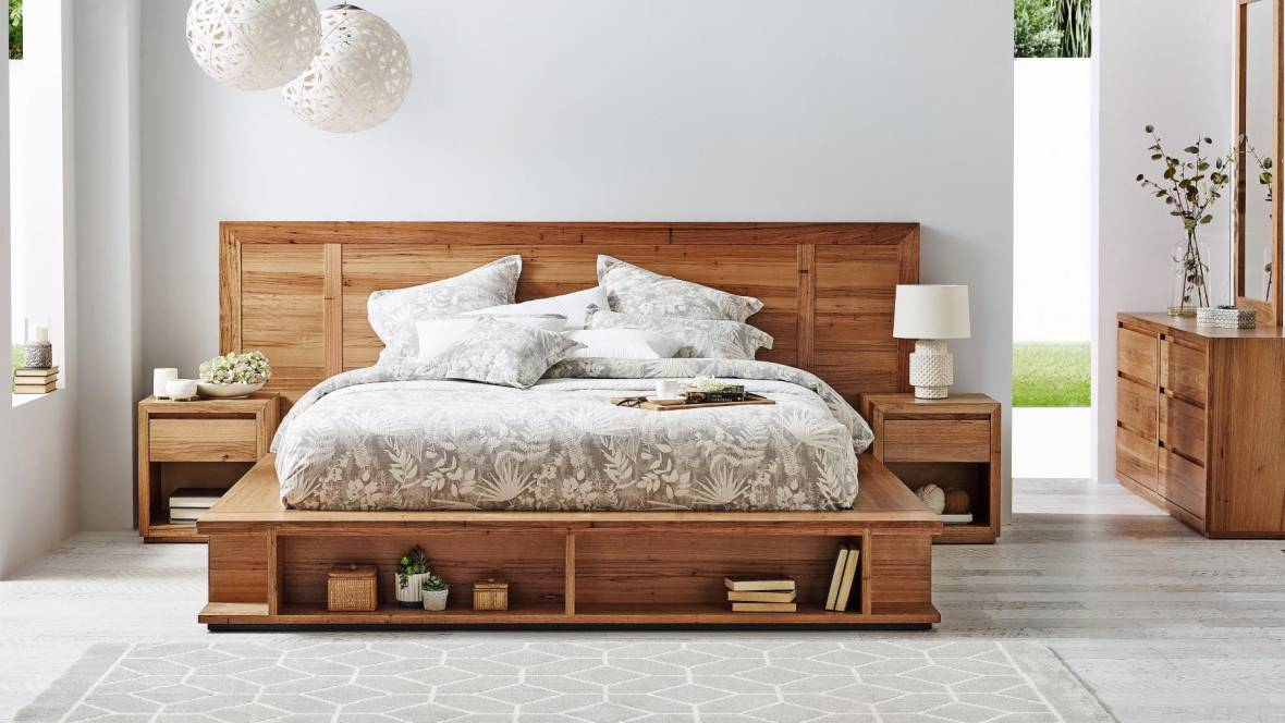 Stratton 2-Drawer Bed
