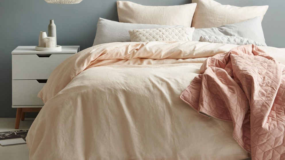 Nimes Peach Quilt Cover Set