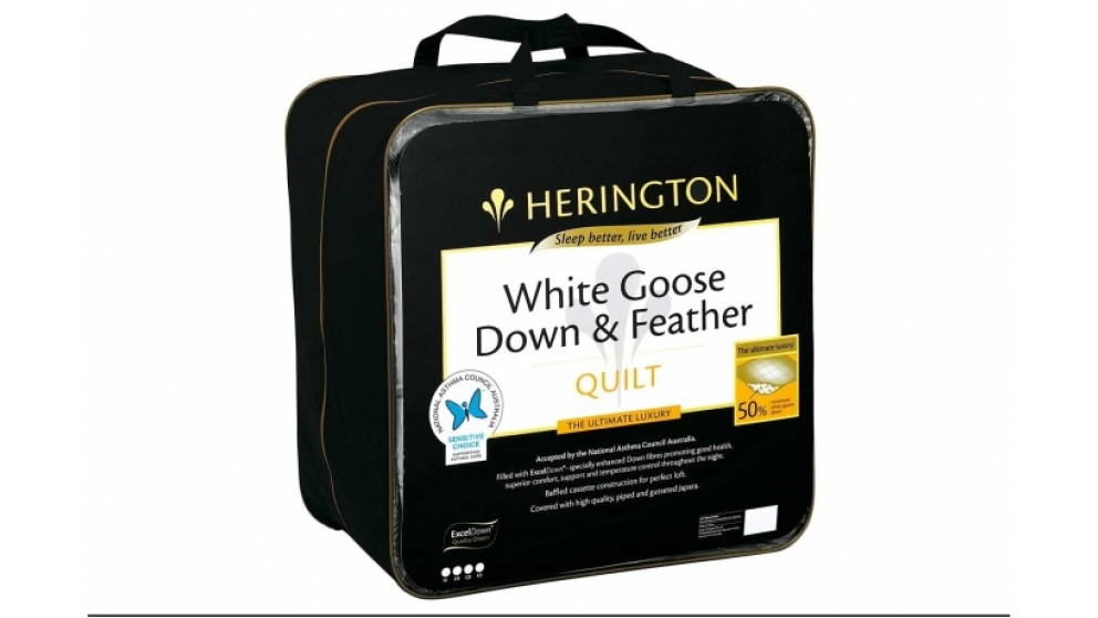 Herington 50/50 White Goose Down and Feather Queen Quilt