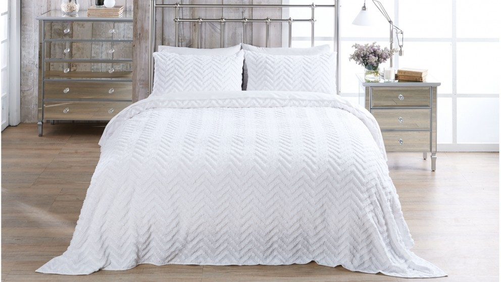 Heather White Coverlet Set