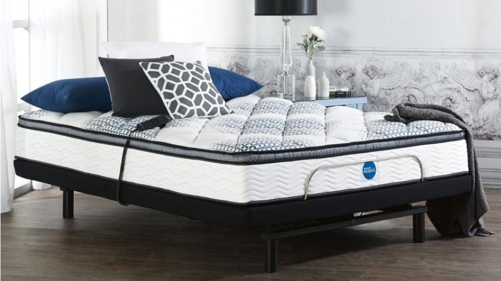 SleepMaker Miracoil Flex Medium Adjustable Queen Ensemble