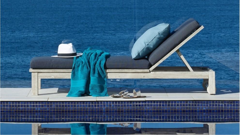 Hayman Sunlounge with Cushion