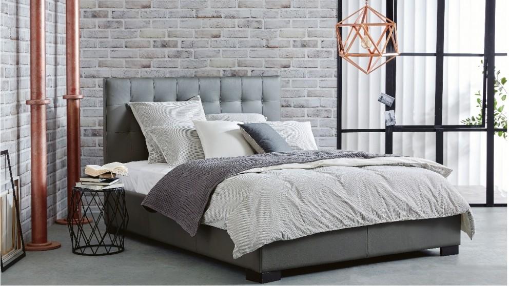 Raveena Queen Bed