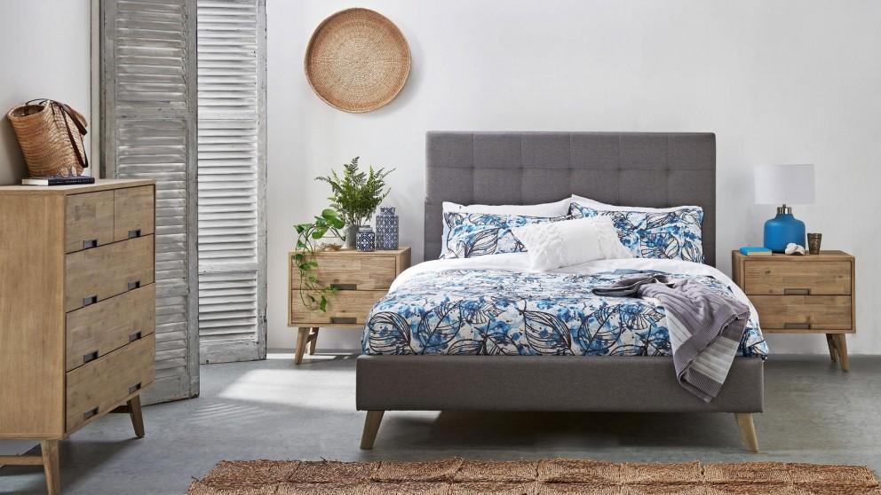 Tess Queen Bed