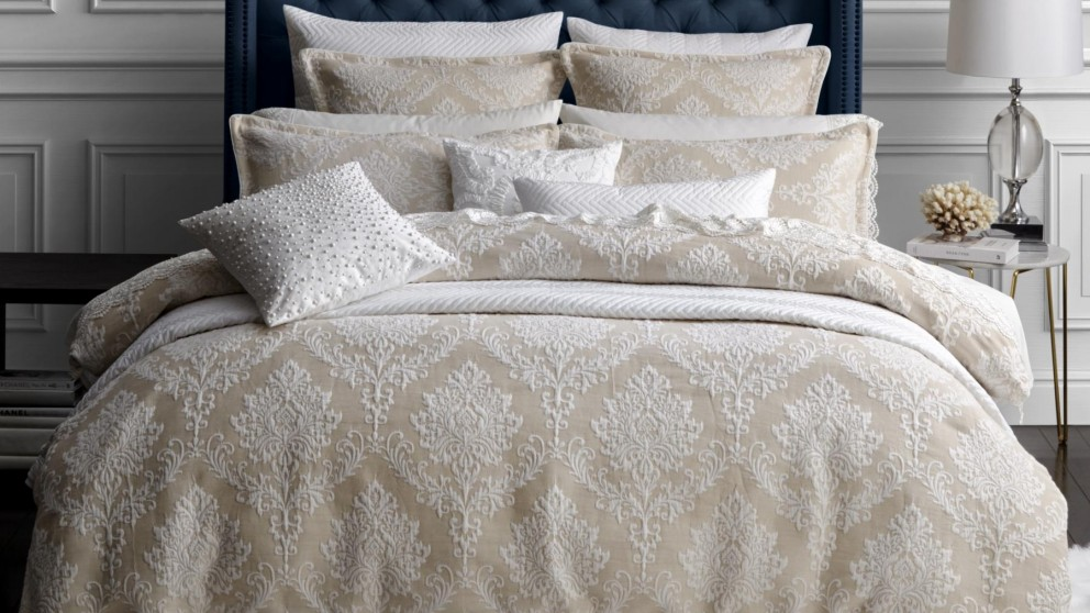 Victoria Pearl King Quilt Cover Set