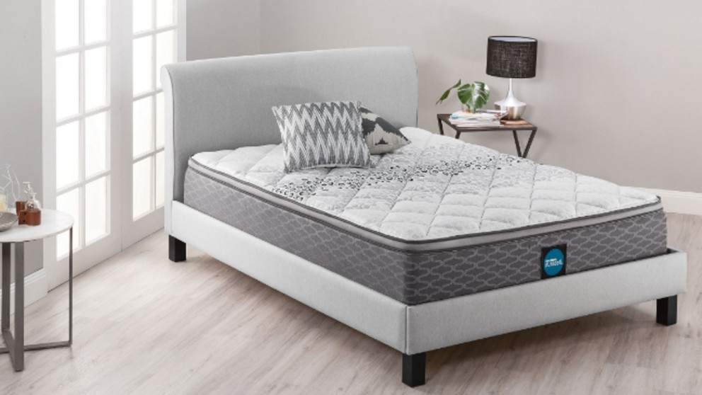 Sleepmaker Support Comfort Medium King Mattress