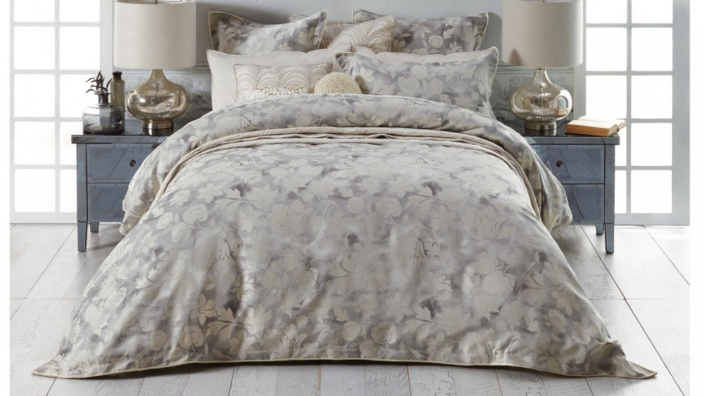 Windemere Silver Quilt Cover Set