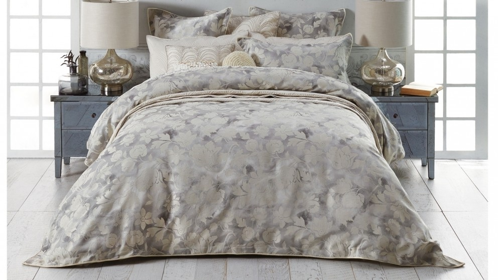 Windemere Silver Queen Quilt Cover Set