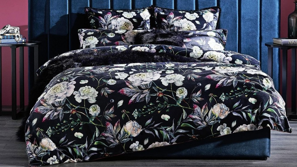 Leah Night Quilt Cover Set