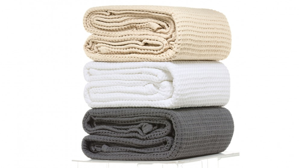 L'Avenue 100% Cotton Queen Waffle Blanket - Natural