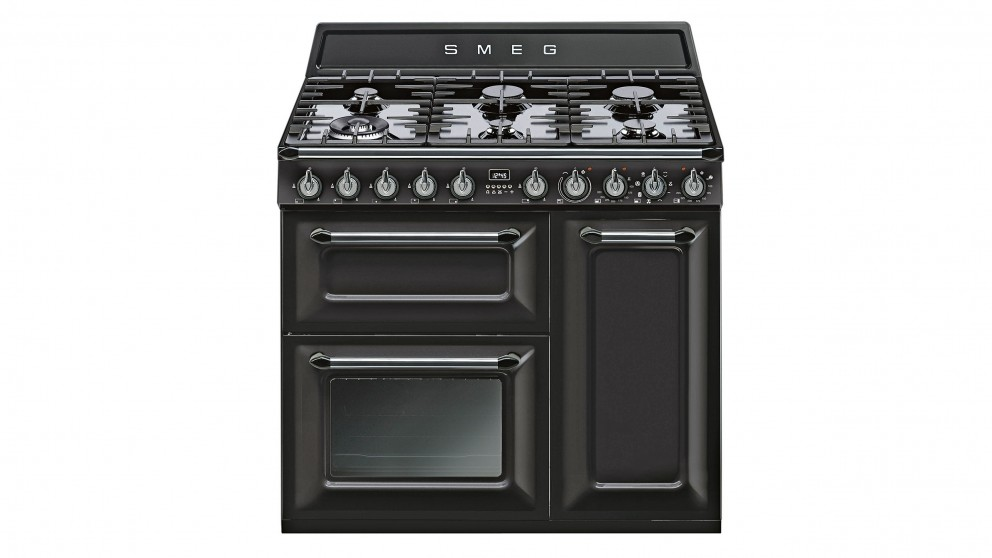 Smeg 900mm Victoria Freestanding Cooker - Black