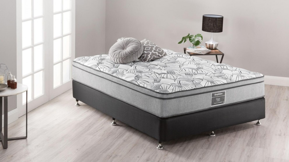 SleepMaker Vegas Deluxe Medium Double Ensemble