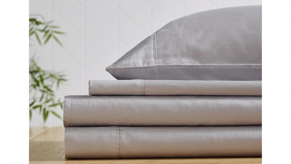 L'Avenue 300 Thread Count Cotton Silver Flat Sheet - King Single