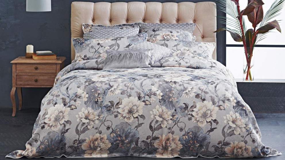 Ashby Dove Queen Quilt Cover Set