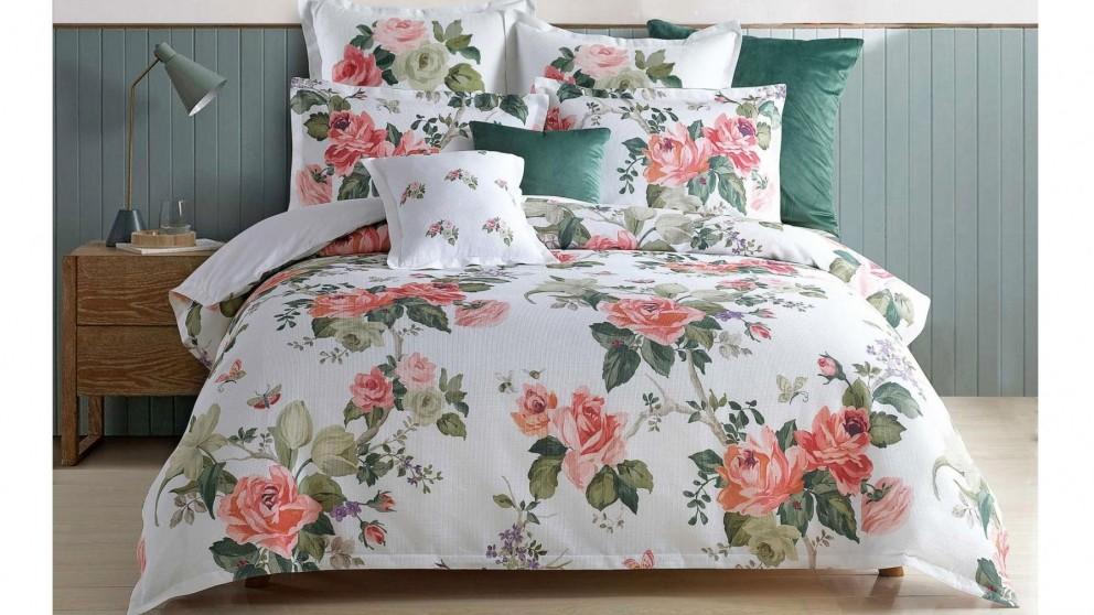 English Rose White Quilt Cover Set