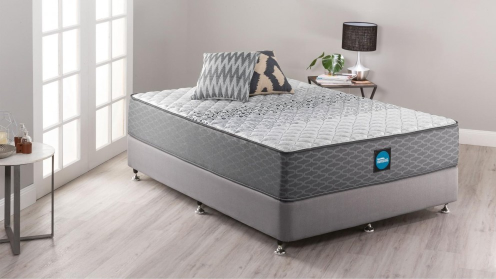 Sleepmaker Support Comfort Firm King Ensemble