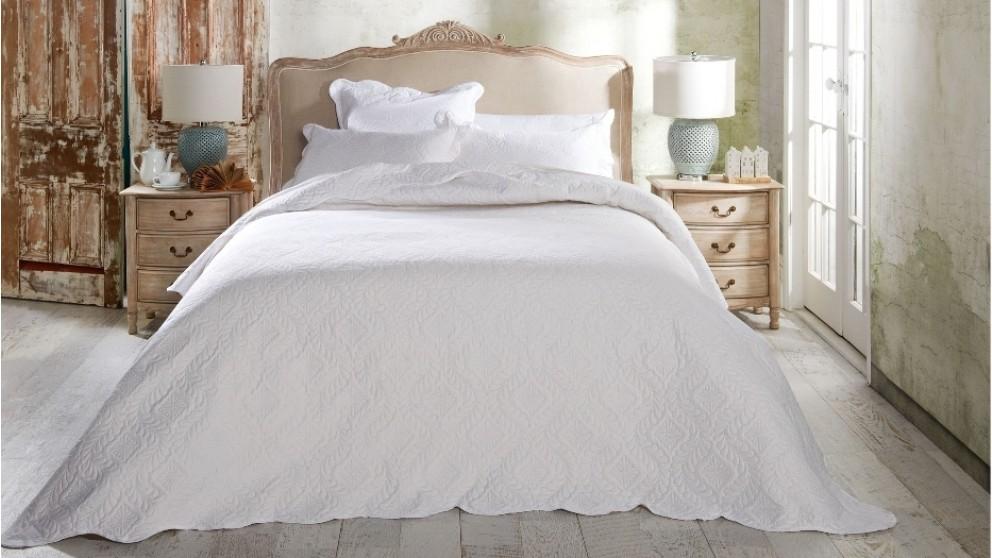 Esther Ivory Bedspread Set - Single
