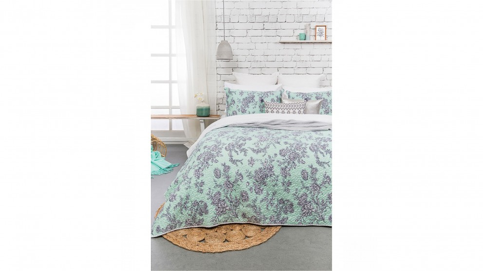 May Frost Queen/King Coverlet