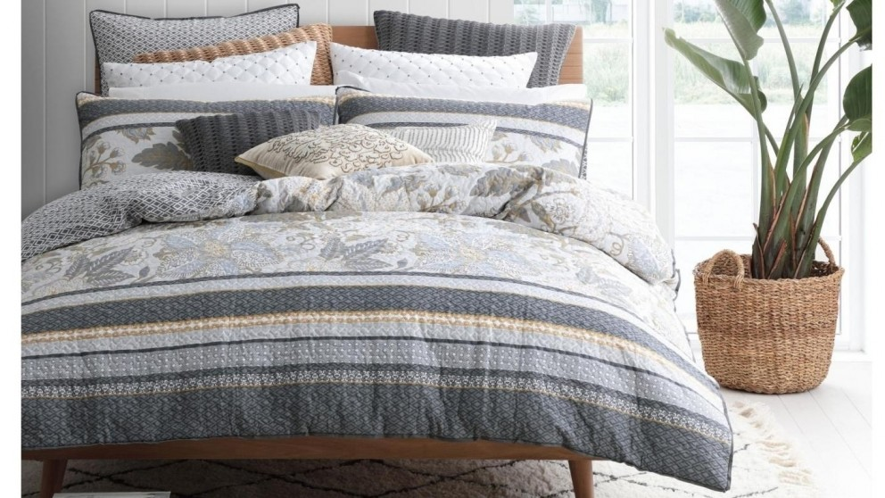 Peyton Silver Quilt Cover Set