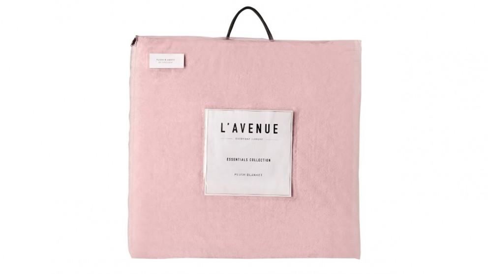 L'Avenue Blush Super King Plush Blanket