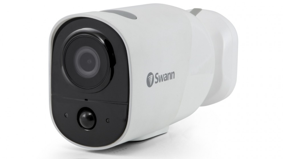 Swann Xtreem 1-Pack Wire-Free Security Camera with 16GB Micro SD Card